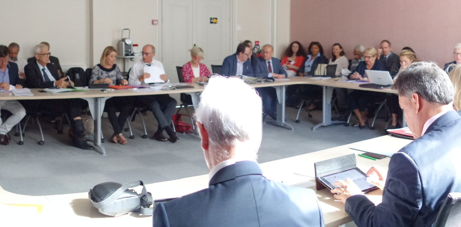 Remise du Livre blanc des Ceser sur l'évaluation des politiques publiques régionales